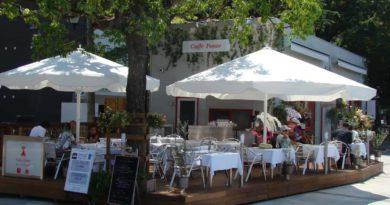 Caffe Ponte, riverside terrace restaurant next to Hiroshima Peace Memorial Park, Japan